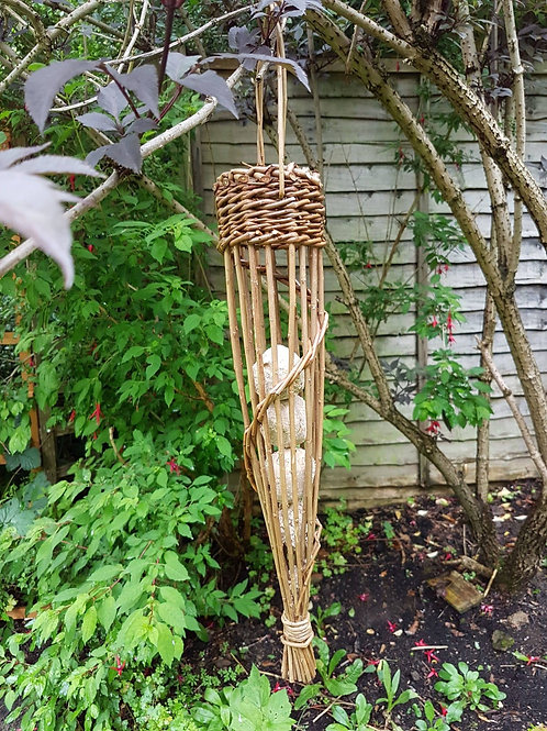 Fatball bird feeder