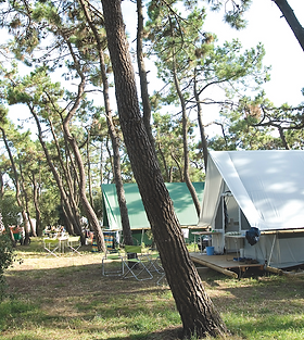camping huttopia.png