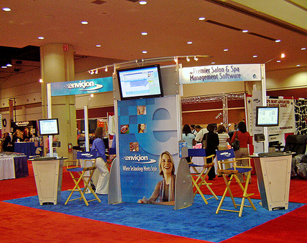 envision 2 tradeshow display
