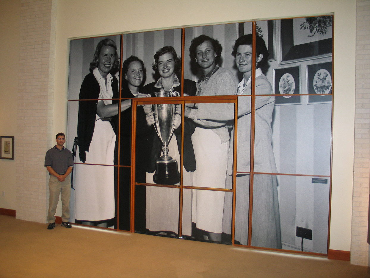 B&W wall mural