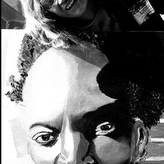 _Mariana_with_painting_on_street_Sonya_b