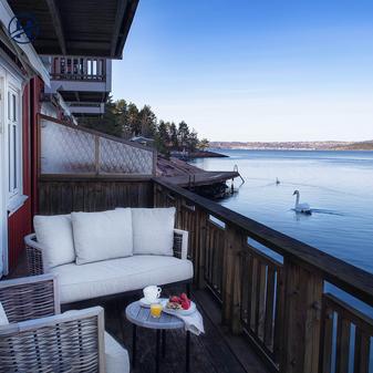 Holmsbu Resort - Sjøbod - Terrasen - Uts