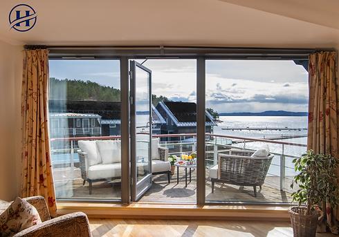 Holmsbu Resort - Utsikt fra stuen 1.png