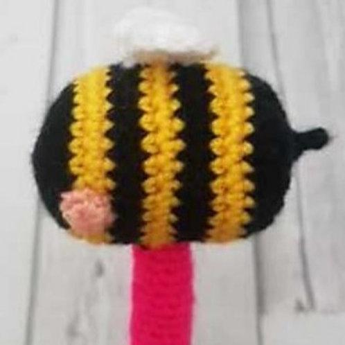 Bee Pen topper