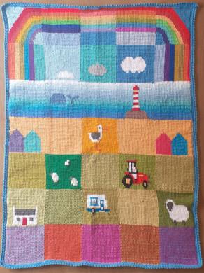Free rainbow motif pattern - Patchwork Seaside Meadows