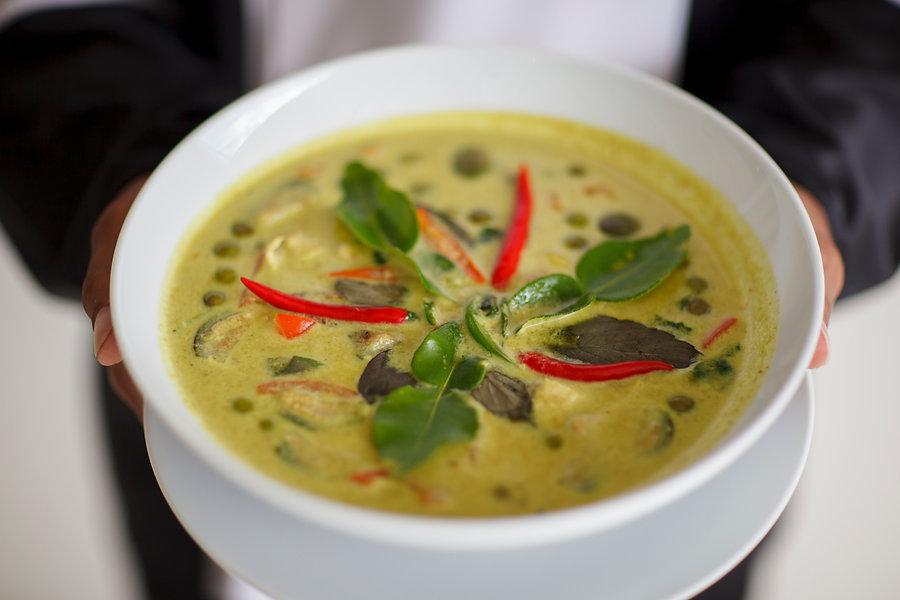 thai-food-tom-yum-soup-cooking-foodie-koh-samui.jpg