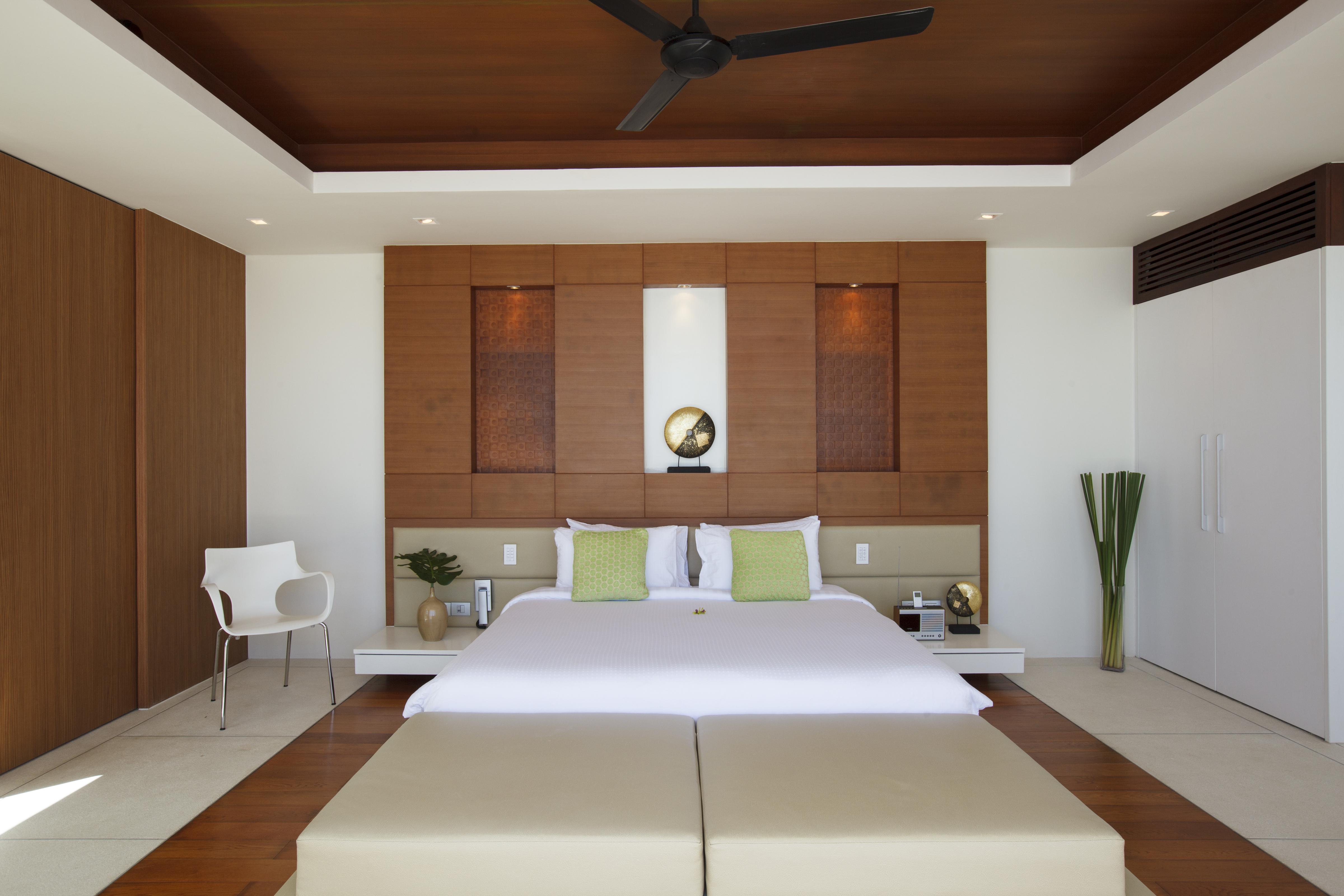 20120812-Bedroom 2-001