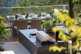 lime-v4_terrace_dining-2.jpg