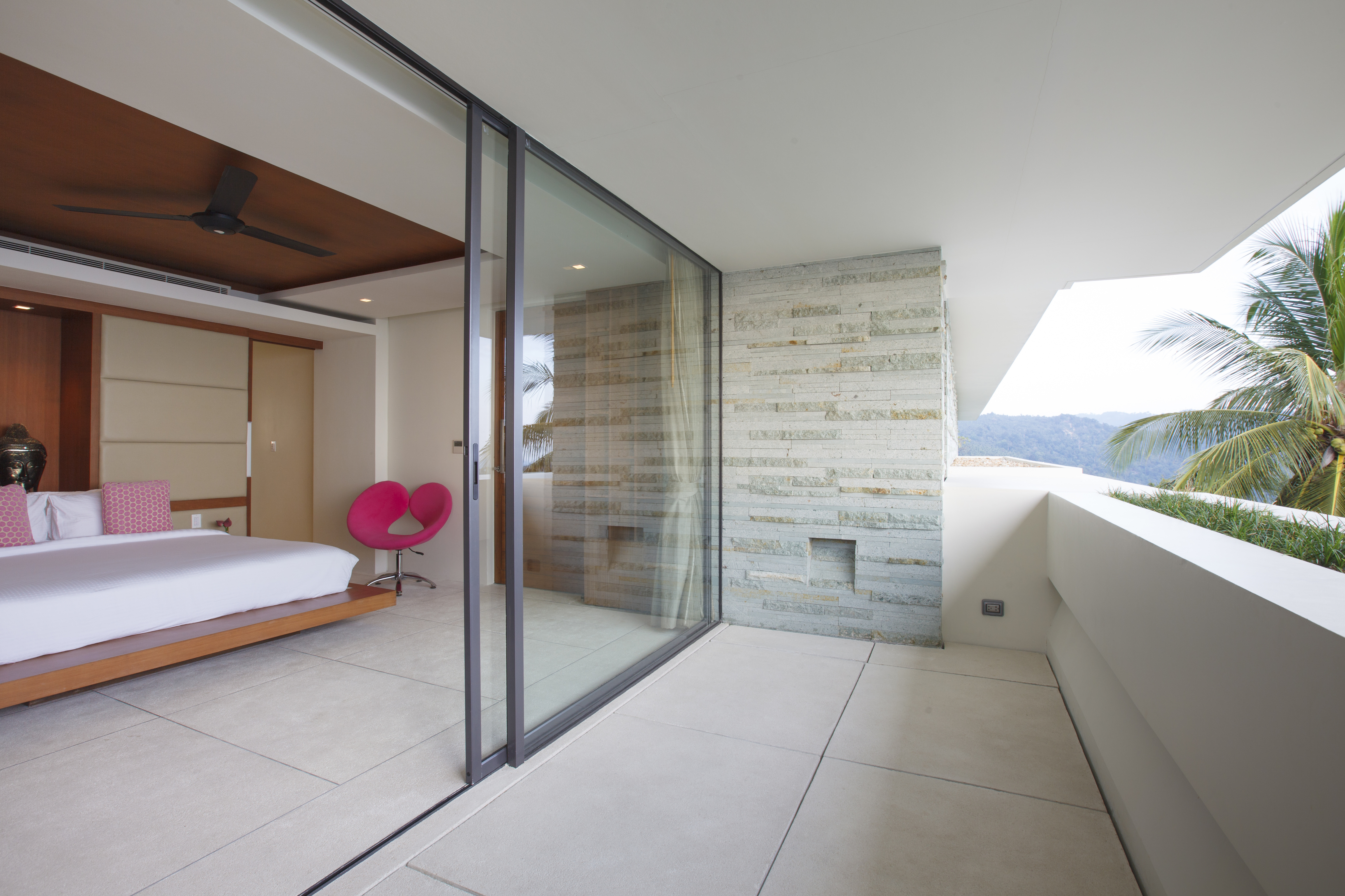 20120811-Bedroom 3-003