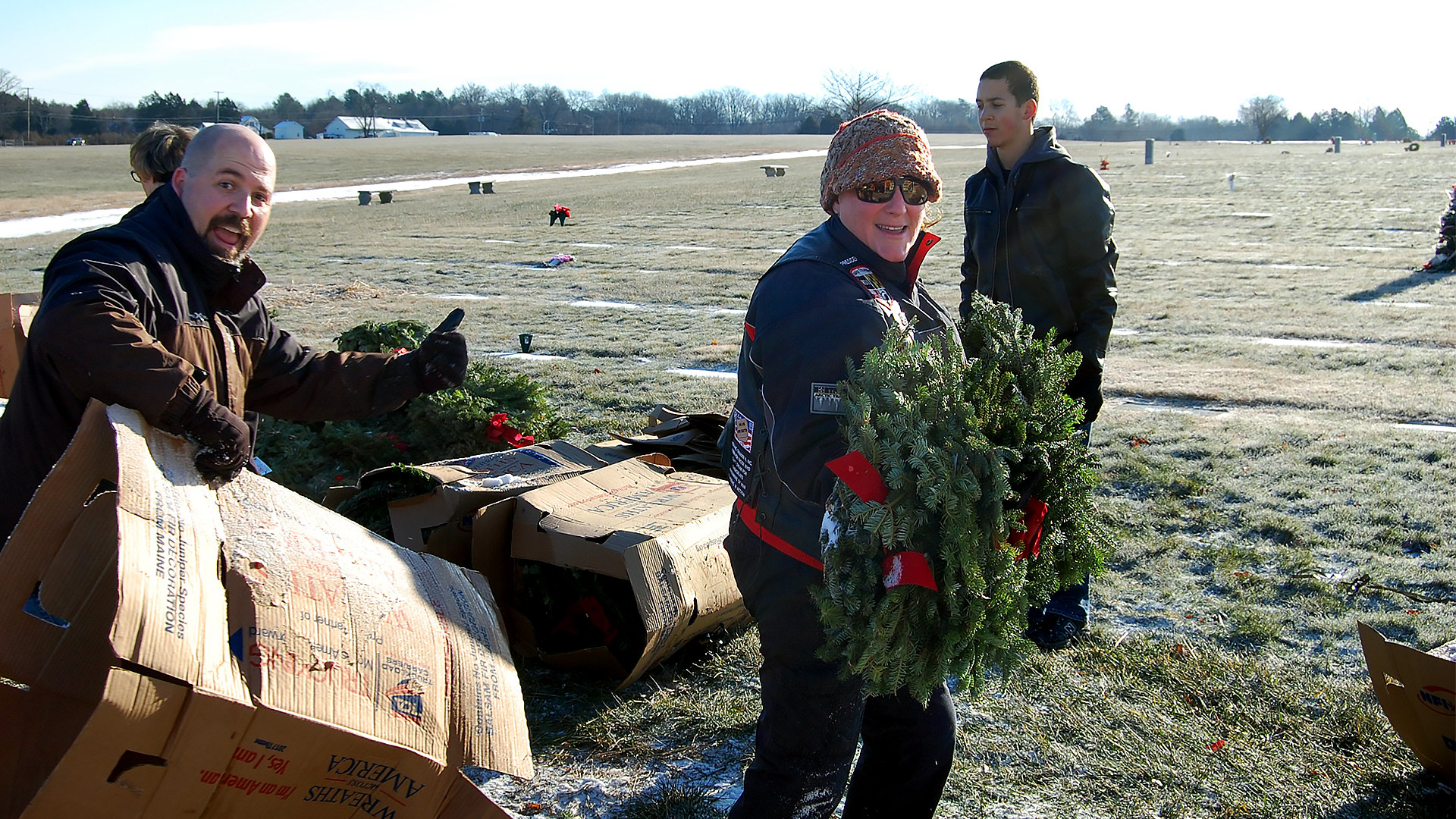 RTMD1 wreathes_accross_america.jpg