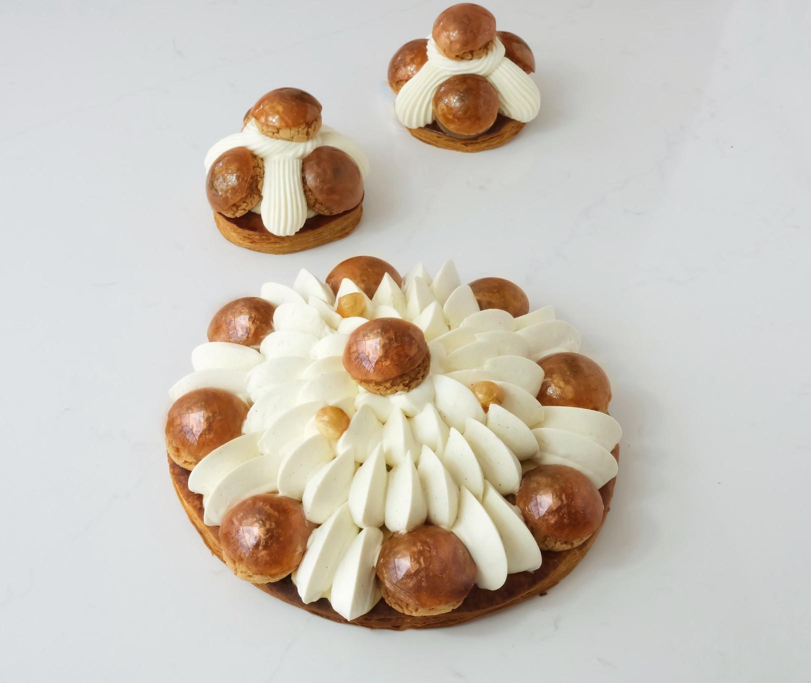 Tarte Saint-honoré caramel 🔴