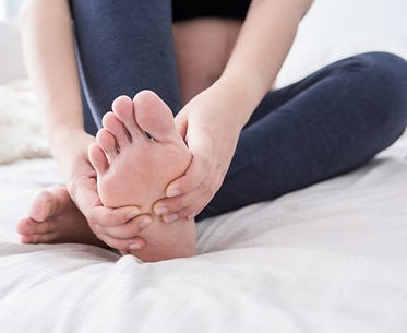 massage-feet-629x420_edited.jpg
