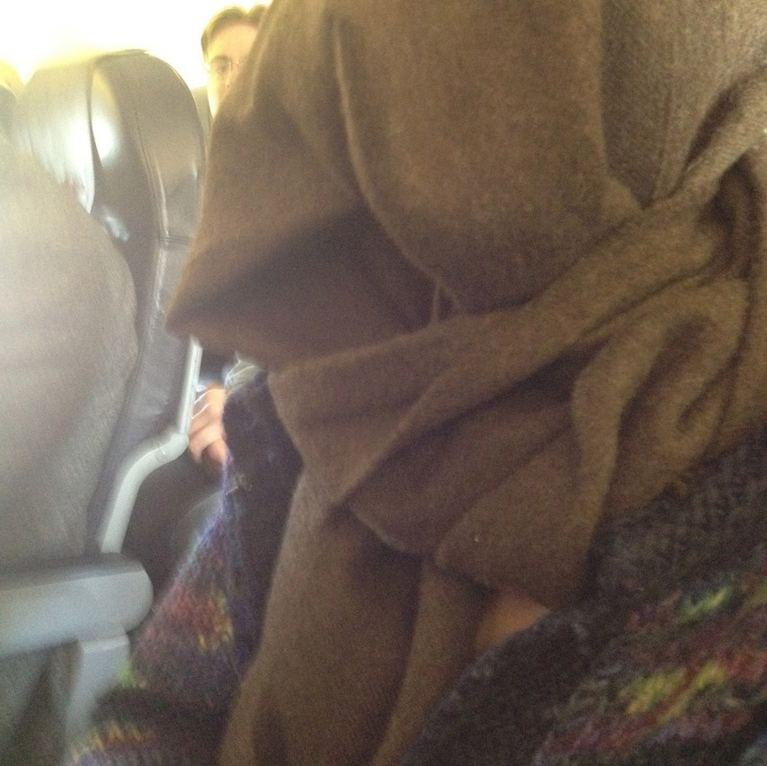 sleepiny sculpture on the plane : )