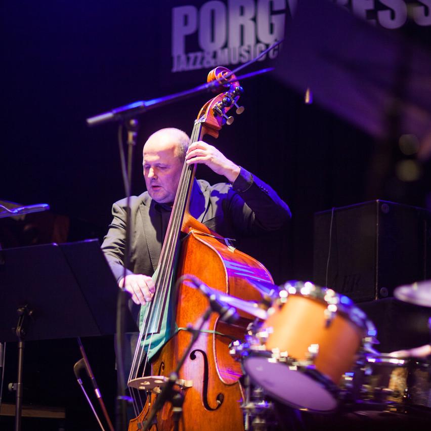 Hans Strasser on bass!
