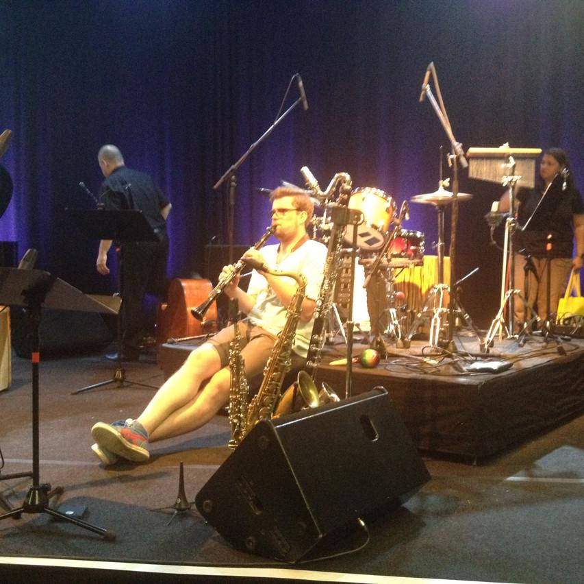 Fabian Rucker sound checking : )
