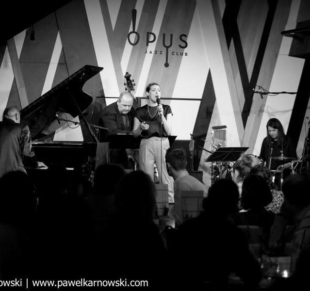 stagetime at Opus Jazz Club : )