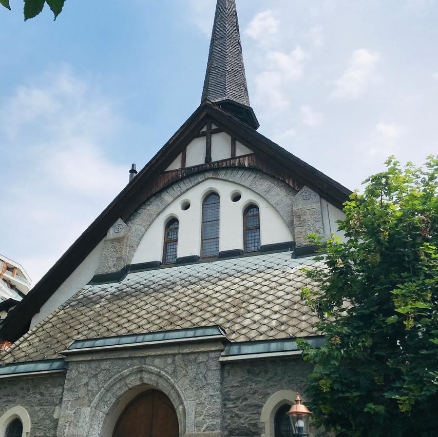 look at this church!!!