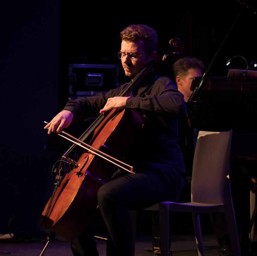 Benjamin Nyffenegger on Cello