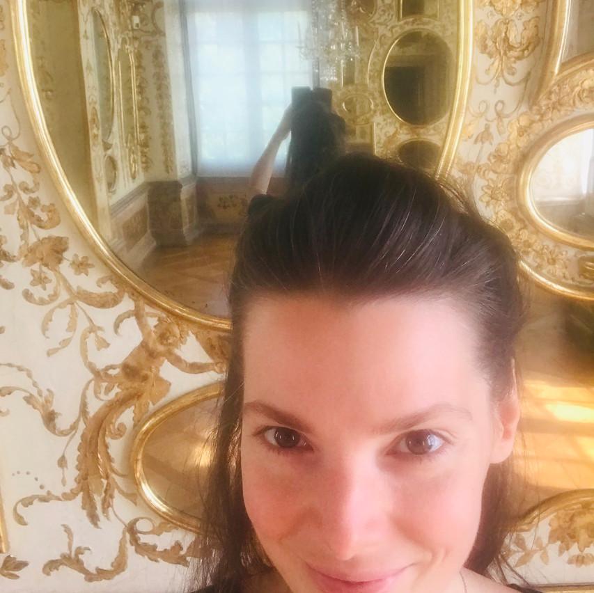 selfie in the mirror room