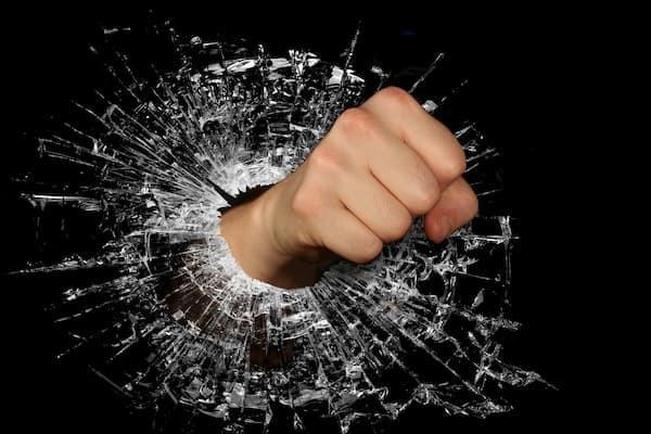 złość, negatywne emocje, agresja