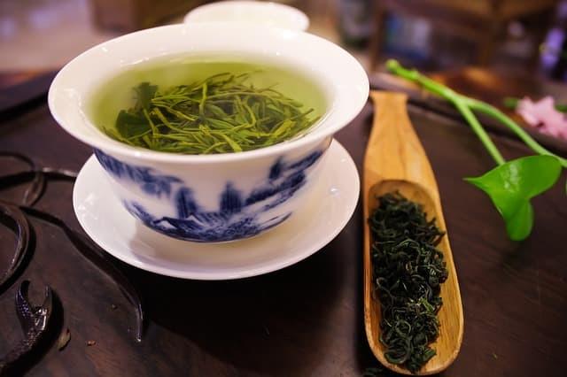 Totomato, zielona herbata, dieta odchudzająca