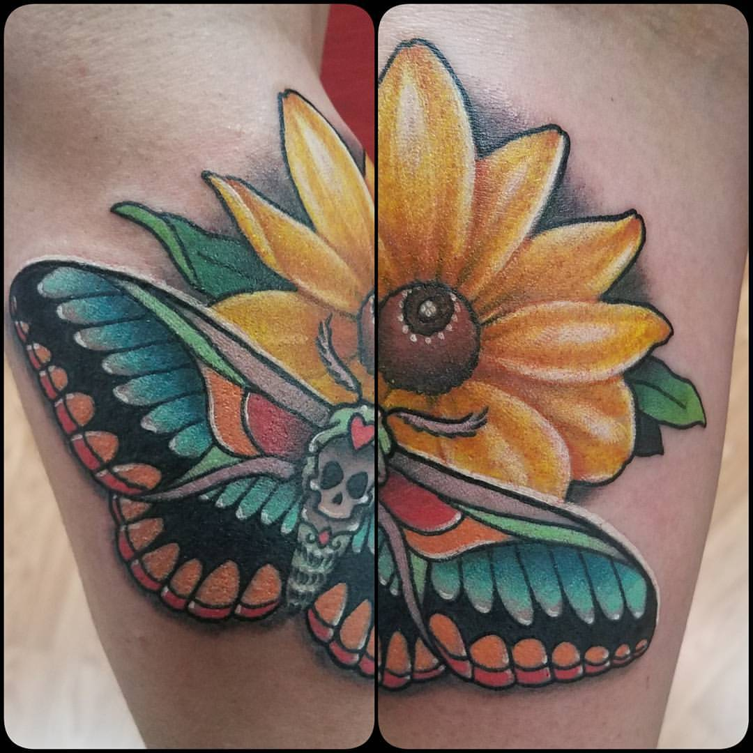 Neo-traditional moth and flower