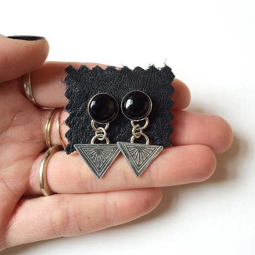 Alchemy Studs in Onyx