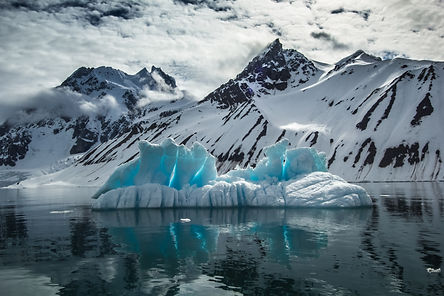 bigstock-Arctic-spring-in-south-Spitsbe-