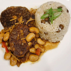 Oxx Tail with Rice & Peas