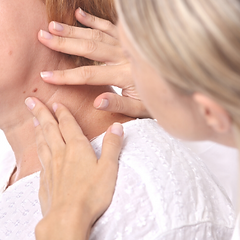 skin tag removal (2).png