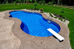 Mountain Lake Pool 21'x40'