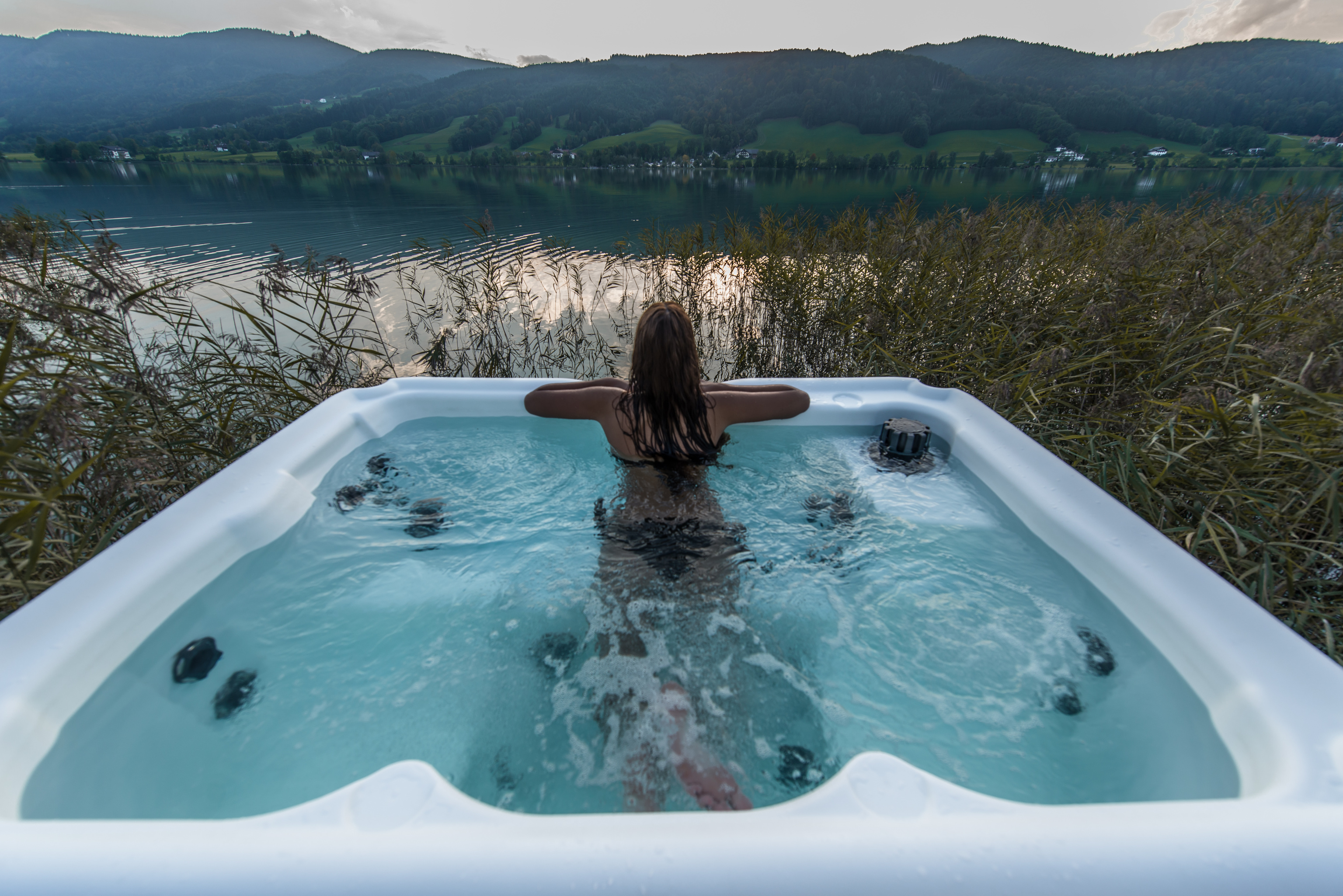 Nordic Hot Tub - Lake