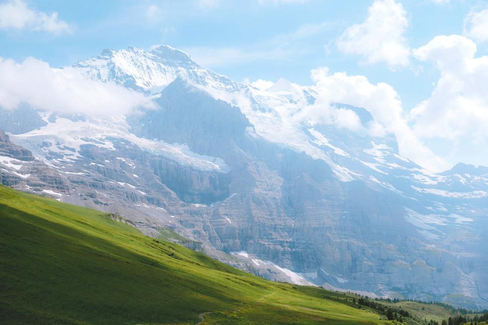 Swiss%20Alps_edited.jpg