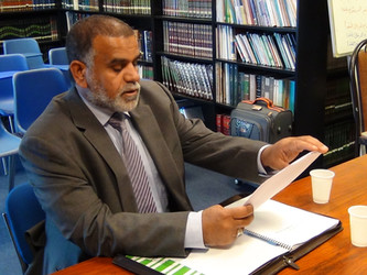مناقشة رسالة ماجستير الباحث علي حسين الغزي