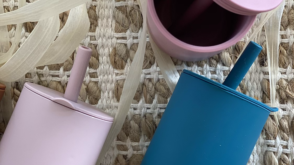 Silicone straw cup