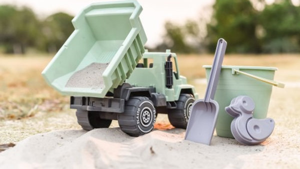 Plasto - I AM GREEN Sand set with tipper truck, 4 piece set