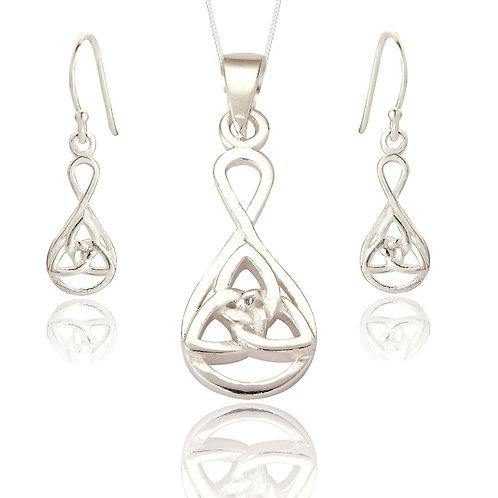 Seodra Sterling Silver Celtic Trinity Necklace & Earring set