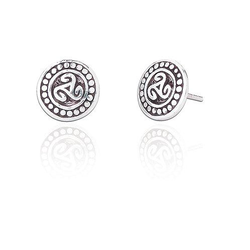 Seodra Sterling Silver Celtic Triskel Stud Earrings
