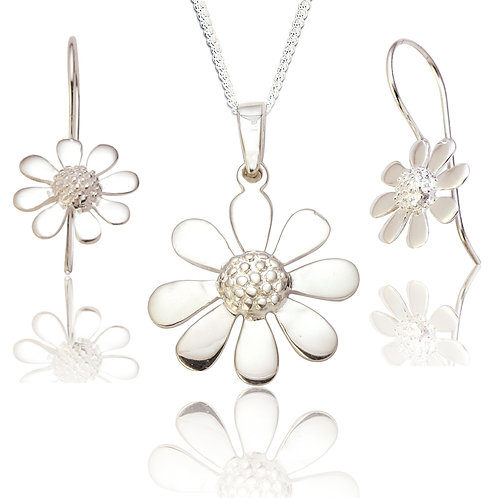 Seodra Sterling Silver Daisy Pendant & Earring Set