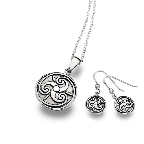 Celtic Lands Silver Round Triskele Necklace & Earrings Set