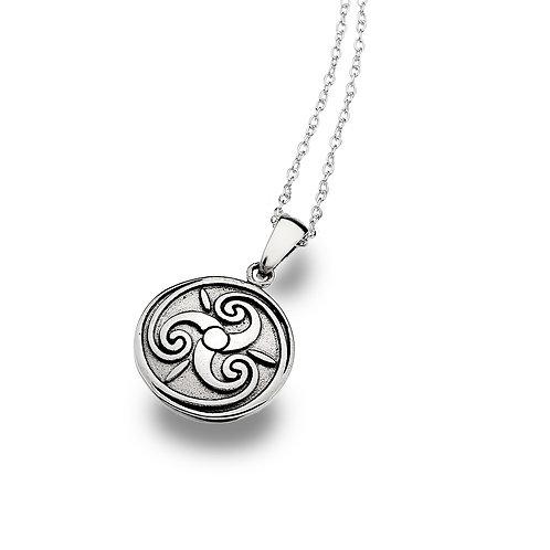Celtic Lands Silver Round Triskele  Necklace