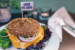 Restaurant am Baggersee Burger essen mi Stil