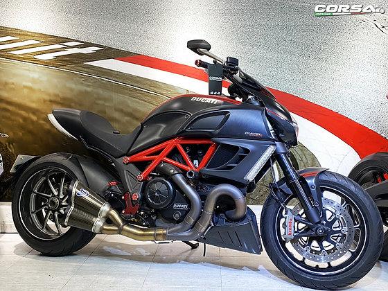 Ducati - Daivel Carbon