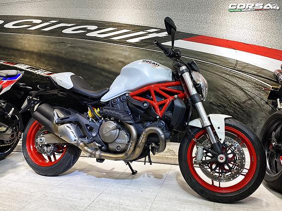 Ducati - Monster821