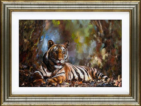 Tiger 001 gold frame 1200.jpg