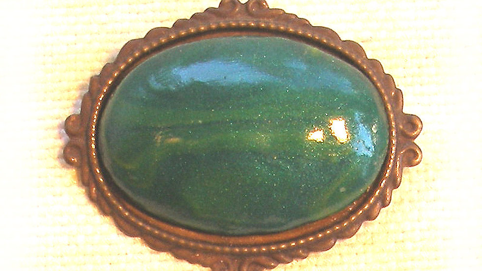 Green on metal plate