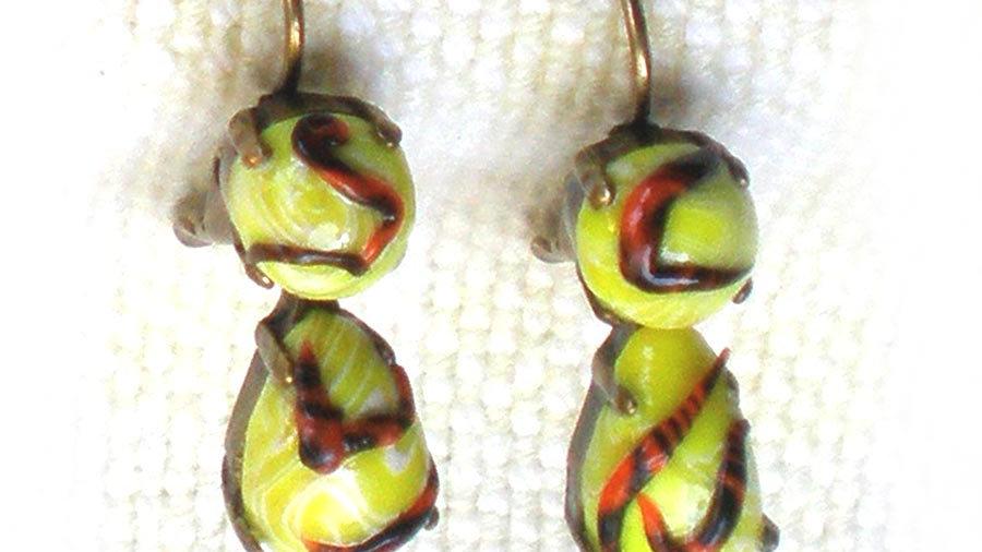 Earrings Yellow beads