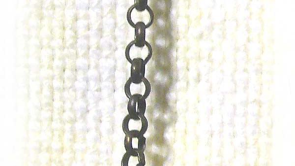 Earring Single Rock on chain