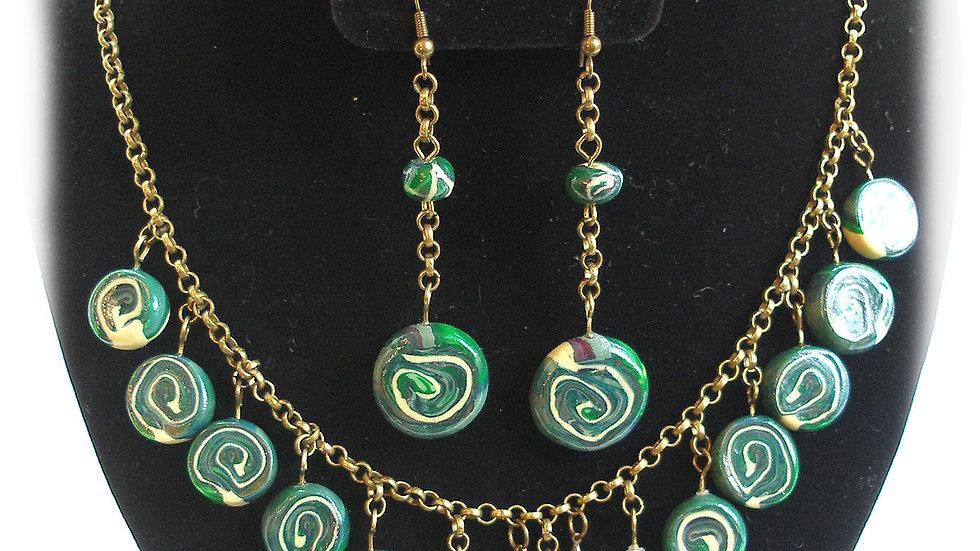 Dark-green swirl beads