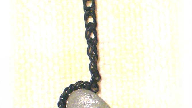 Earring Single Rock on chain